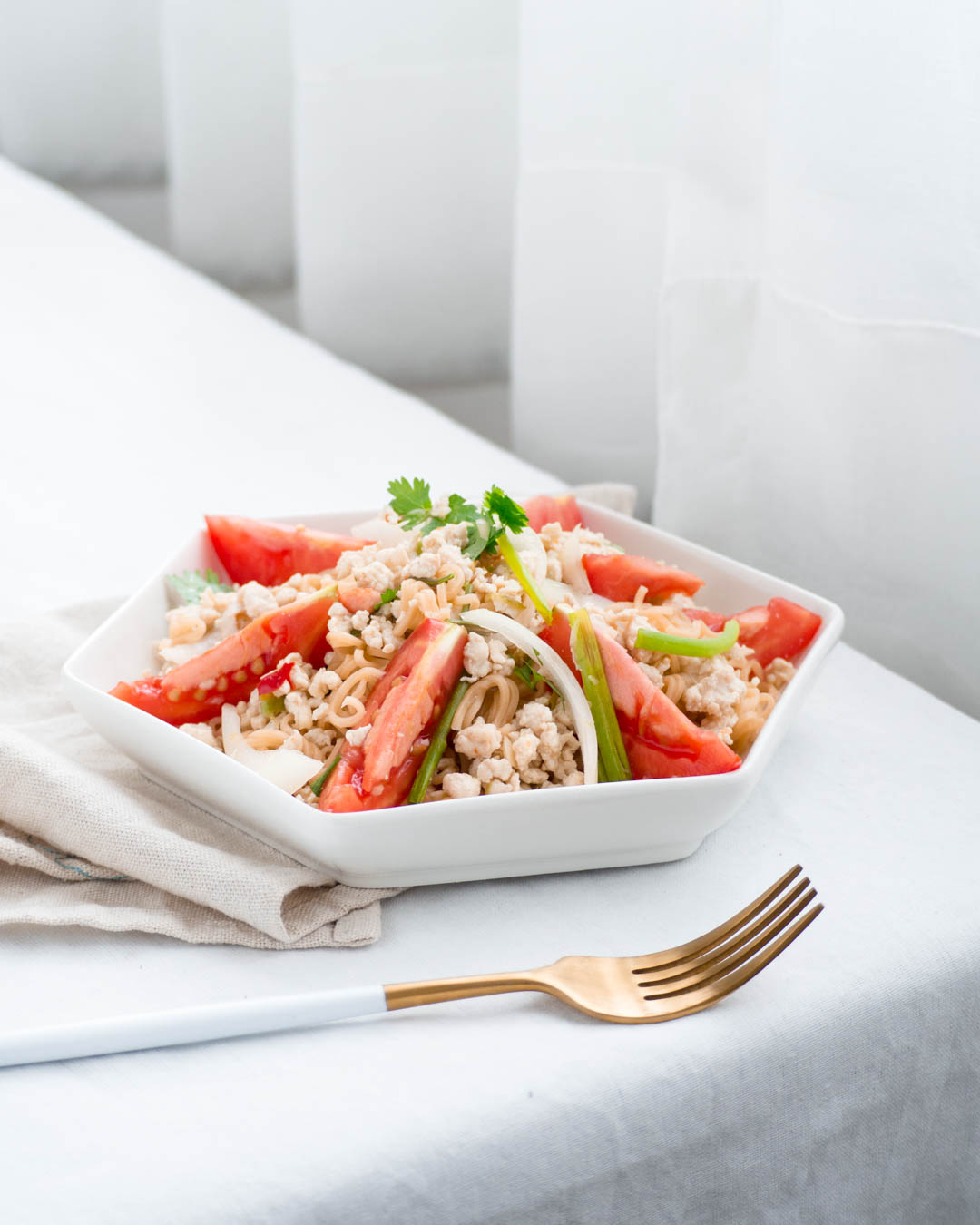 thai instant noodle salad (yum mama)